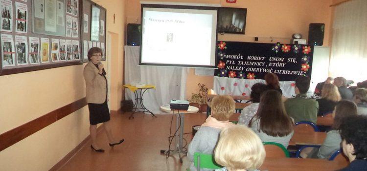 Pani Irena Minota w ZSP w Goworowie